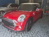 Foto 2016 MINI Cooper 1.5 Turbo 5 Door