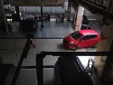 Foto Toyota yaris type e upgraded merah istimewa