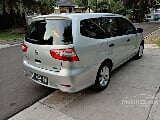 Foto 2015 Nissan Grand Livina SV AT silver metalik