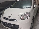 Foto 2013 Nissan March AT