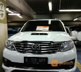 Foto Toyota Fortuner 2.5 G Manual Warna Putih