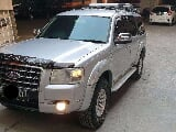 Foto 2009 Ford Everest LTD