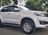 Foto Toyota Fortuner 2.7 G Lux AT Bensin 2013,...