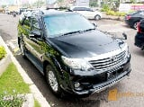 Foto Toyota Fortuner 2012 AT