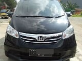 Foto 2012 - honda - new freed psd a/t