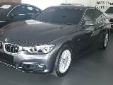 Foto 2018 BMW 3 Series 320i Luxury F30