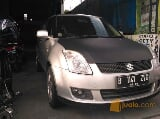 Foto Suzuki Swift ST Manual tahun 2008