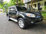 Foto Ford Everest Limited 4x2 hitam A/T, 7 seater...