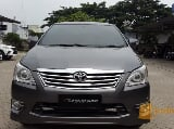 Foto Toyota Innova 2.0 V AT LUXURY 2012 Grey Captain...