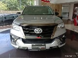 Foto Ready new fortuner 4x2 2.4 vrz a/t dsl trd