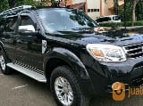Foto Ford Everest XLT 4x2 2.5. L Automatic, Hitam,...