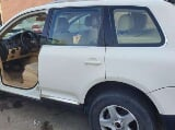 صورة فوتوغرافية Volkswagen touareg 2006 white color for sale