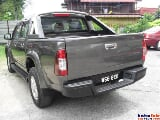 Photo Isuzu D-Max 2.5 (m) on the road all in special...