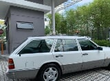 Photo 1991 Mercedes Benz W124 230TE (A)