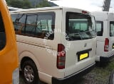 Photo 2010 Toyota Hiace LOW ROOF Van 2.5 D Turbo Limited