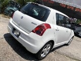 Photo 2011 Suzuki SWIFT 1.5 (a) keyless white edition