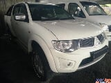 Photo Mitsubishi triton 2.5 (a) full loan cheras