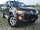 Photo 2008 mitsubishi triton 2.5 MT