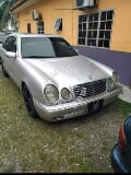 Photo 2000 Mercedes Benz E230 2.3 (a)
