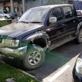 Photo 2004 Toyota Hilux 2.5 (a)