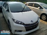 Photo 2014 toyota wish 1.8