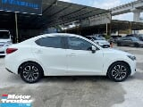 Photo 2015 mazda 2 1.5 sedan vr-spec = with gvc = tip...