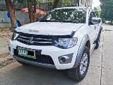 Photo Mitsubishi Strada 4x4 Pick-Up Manual