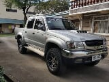 Photo Toyota hilux SR 5 manual diesel 4x4 2002 model...
