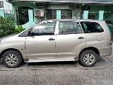 Photo Toyota Innova E 2011