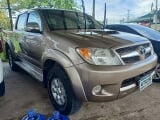 Photo Toyota Hilux 3.0G Manual 4X4 Diesel Manual