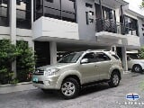 Photo Toyota Fortuner Automatic 2011
