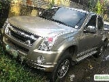 Photo Isuzu D-Max Automatic 2012