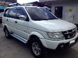 Photo 2005 Isuzu Crosswind Xuvi