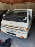 Photo Mitsubishi L300 FB close van Manual