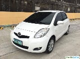 Photo Toyota Yaris Automatic 2011