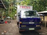Photo Isuzu elf Isuzu close van Manual