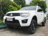 Photo Mitsubishi Strada 2014 Manual Diesel pickup...