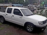 Photo 2.7Nissan Frontier 2000 for sale