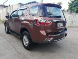 Photo Brown Isuzu Mu-X 2015 for sale Talisay