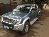 Photo Isuzu d-max 2010 model