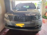 Photo Toyota Fortuner 2.5 G Manual