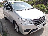 Photo Toyota Innova E Automatic 2015 Model