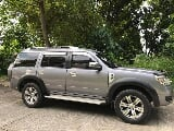 Photo 2012 ford everest 4x2 at