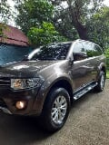 Photo Mitsubishi Montero Sport Glx Manual