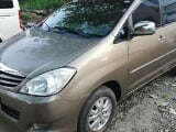 Photo 2010 Toyota Innova G FOR SALE