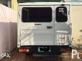 Photo L300 fb van deluxe 2012 model. (Dual Aircon)