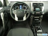 Photo Toyota Land Cruiser Automatic 2013