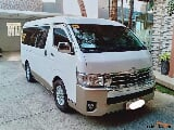 Photo Toyota Hi-Ace 2017