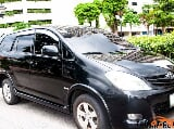 Photo Toyota Innova 2010