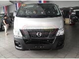 Photo Nissan nv350 urvan 2015